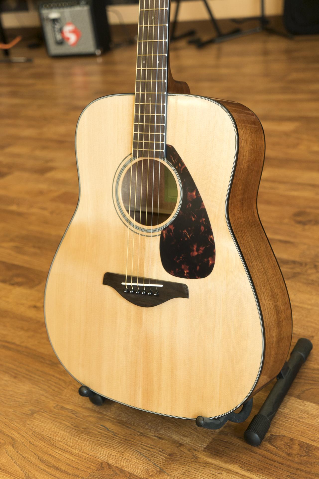 Acoustic Yamaha Guitars For Sale