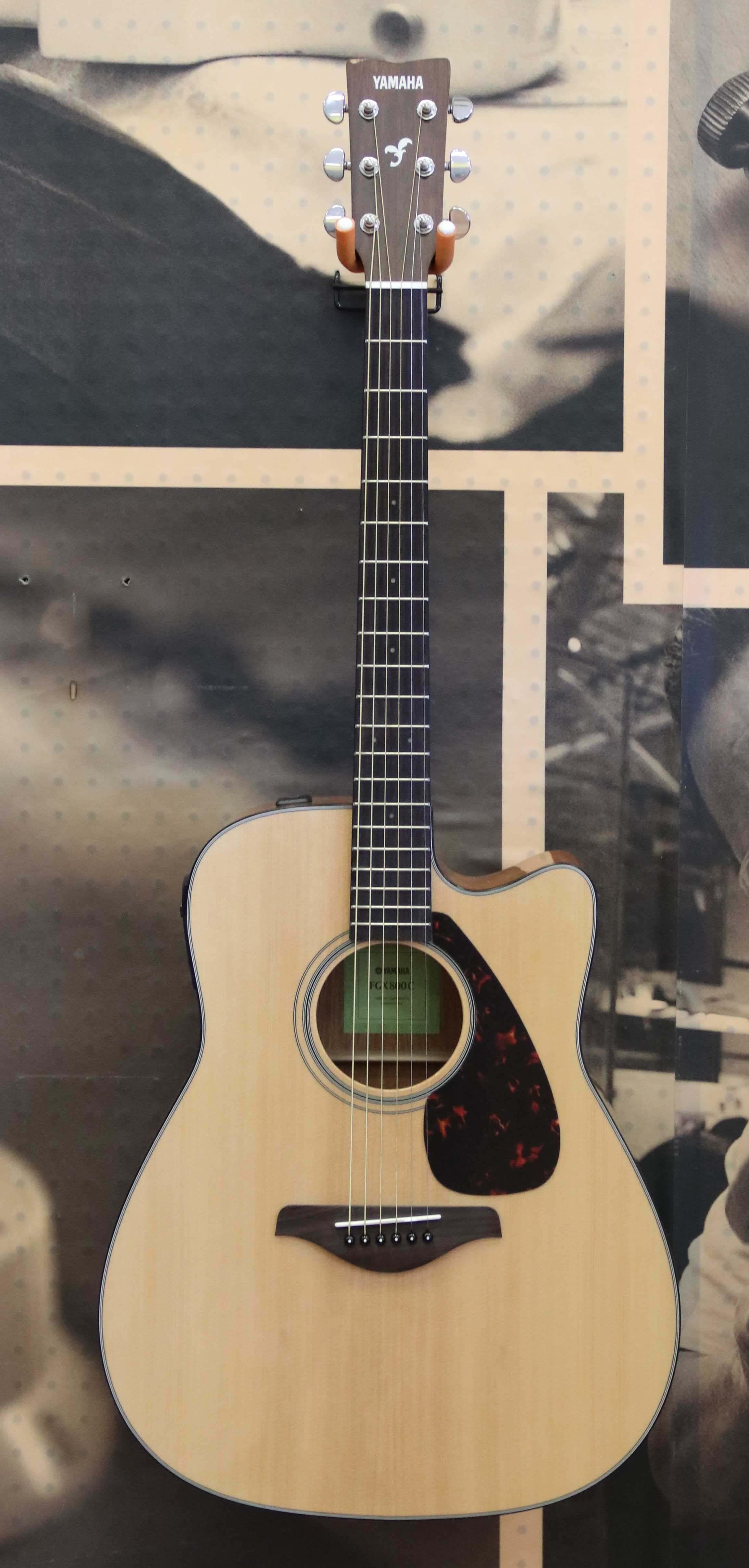 yamaha fgx800c solid top folk acoustic electric guitar natural 692624549265 ebay. Black Bedroom Furniture Sets. Home Design Ideas