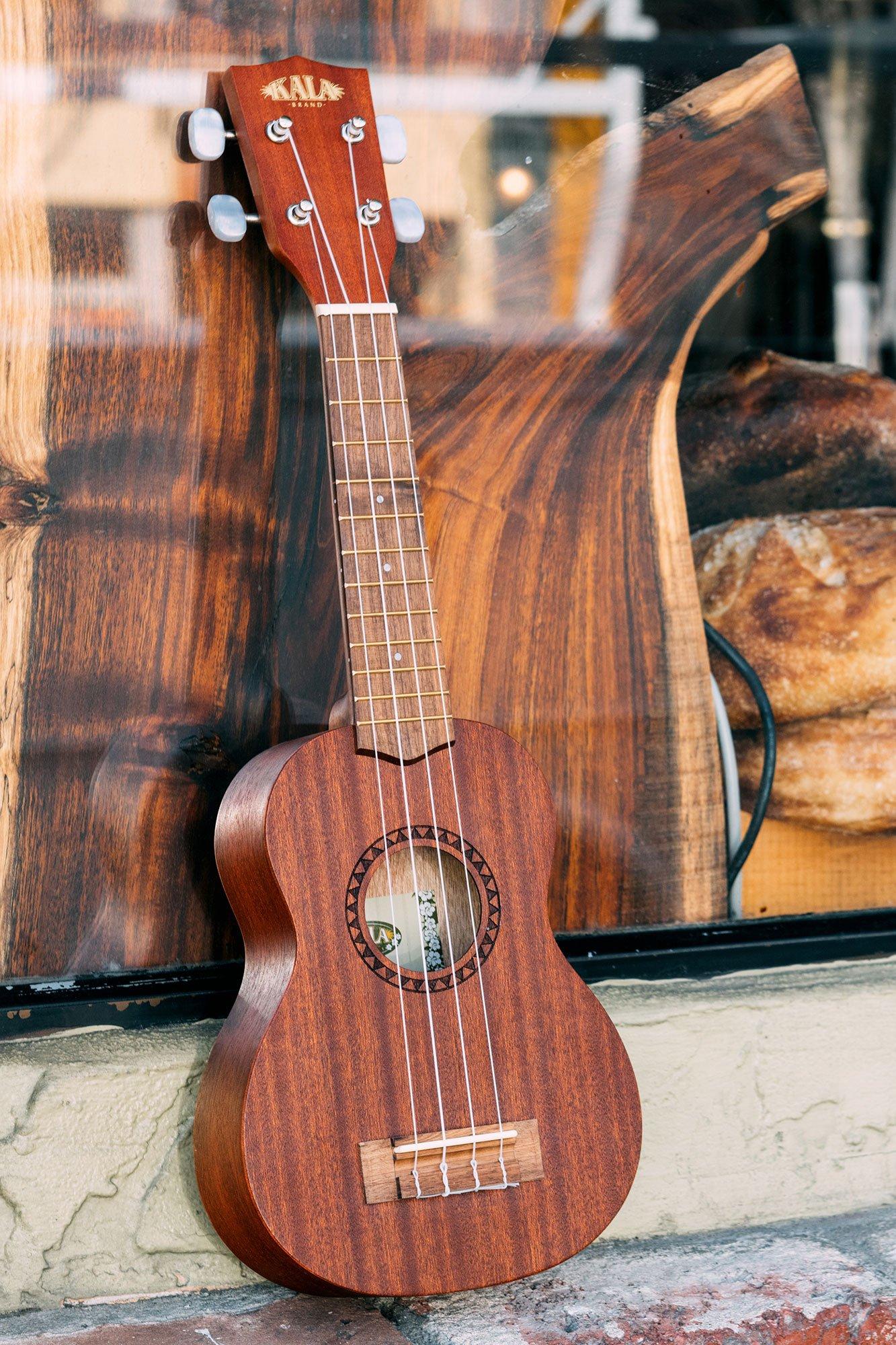 kala ka 15s satin mahogany soprano ukulele ebay. Black Bedroom Furniture Sets. Home Design Ideas