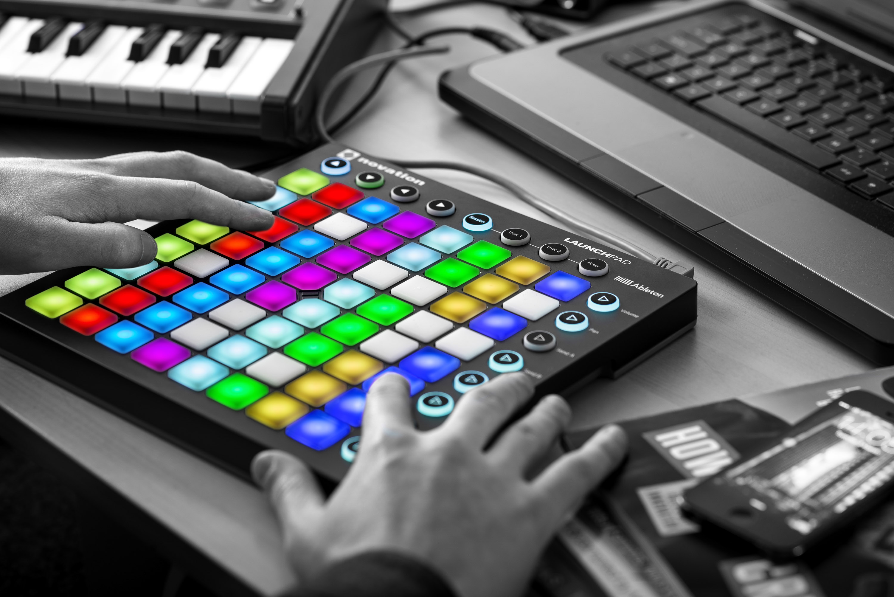 NOVATION LAUNCHPAD GRID Controller